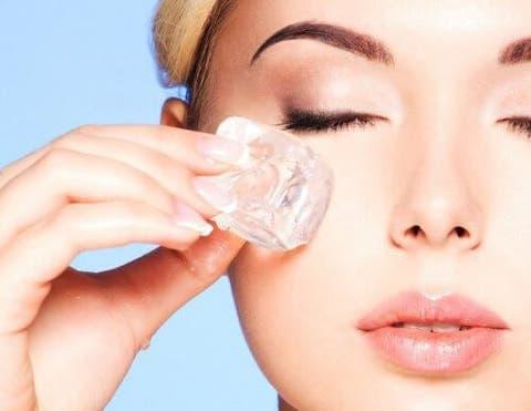 Super Découvrez le traitement facial à la glace pour rajeunir la peau  JB05