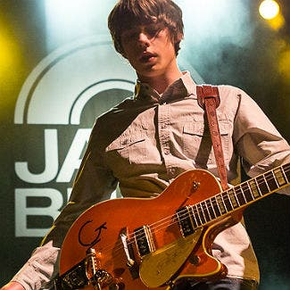 Jake Bugg faces Twitter wrath of One Direction fans after