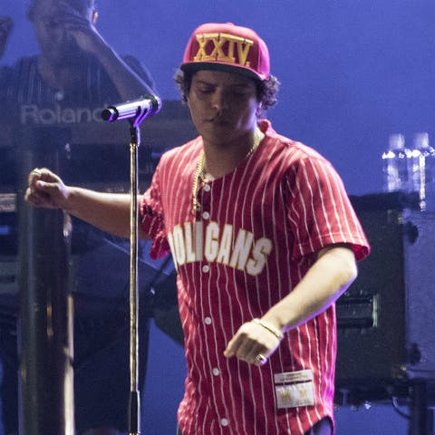 11 Reasons Bruno Mars Is An Awesome Headliner For Bst Hyde Park 2018