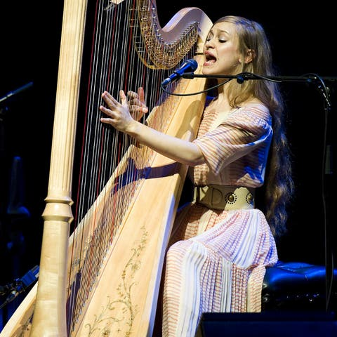 Joanna Newsom Releases New Track Leaving The City Gigwise