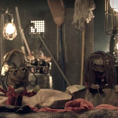 Watch Slipknot turn into sock puppets and perform Wait And Bleed